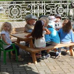 01-Picknick-Tisch-fuer-Kinder