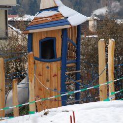 spielplatz-luzern-obermaettli-02-spielturm-neuses-design